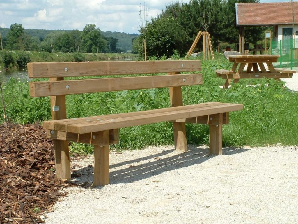 Banc bois tradition am nagements bois pour collectivit s for Banc en bois exterieur
