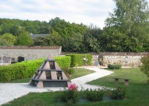 Pyramide - Espace Cinéraire pour Collectivités - Jean-Paul Husson